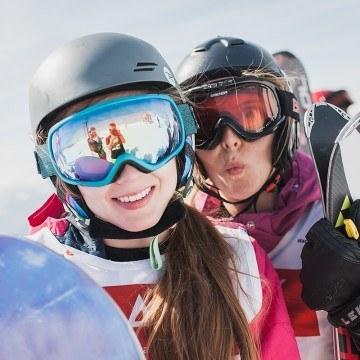 Dziewczyny na feriach zimowych