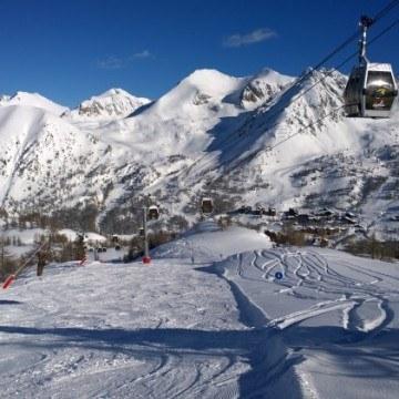 Wyciągi i kolejki narciarskie