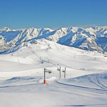 les sybelles lifts panorama