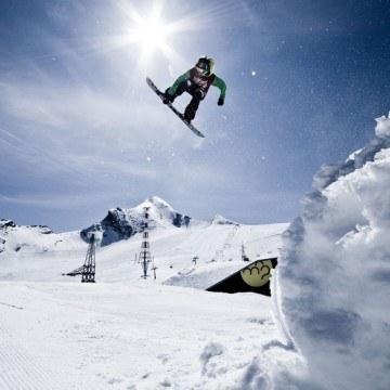 Akrobacje na snowboardzie