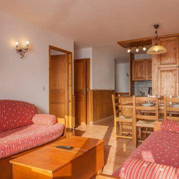 les_balcons_de_val_thorens_appartement_321_type_2_4_pers_salon_img_8385_acr8_web_2048