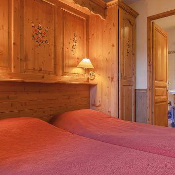 les_balcons_de_val_thorens_appartement_640_type_8_10sup_pers_chambre_img_9035_web_2048